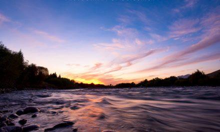 那拉提草原河谷