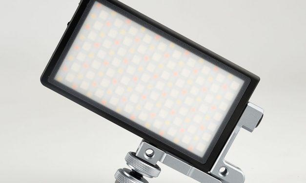 柏灵P1 RGB LED口袋VLOG拍摄灯简单开个箱